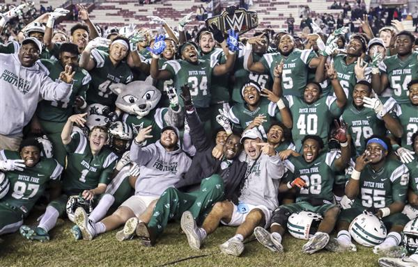 Dutch Fork High School clinches third straight title in football