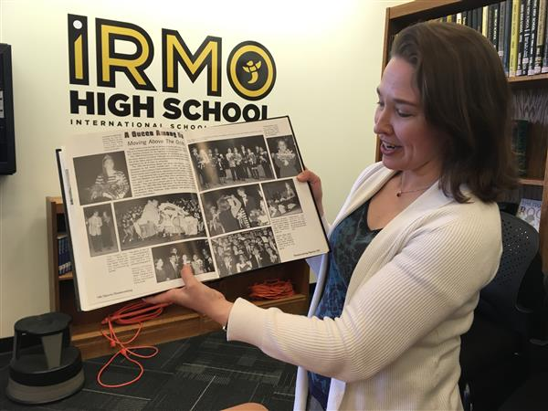 Oxford professor and District Five alumnus visits Irmo High School