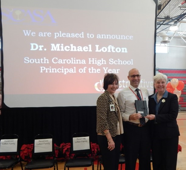 image of Dr. Lofton as SC Principal of the Year